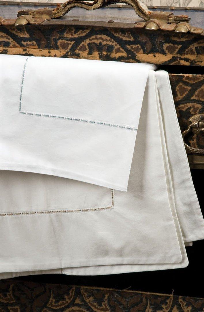 Bianca Lorenne - Milano Ivory Sheets / Pillowcases/Eurocases image 1