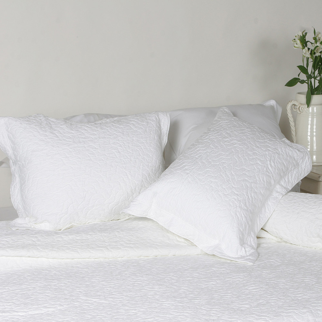 Importico - Enrugada Bedspread image 0
