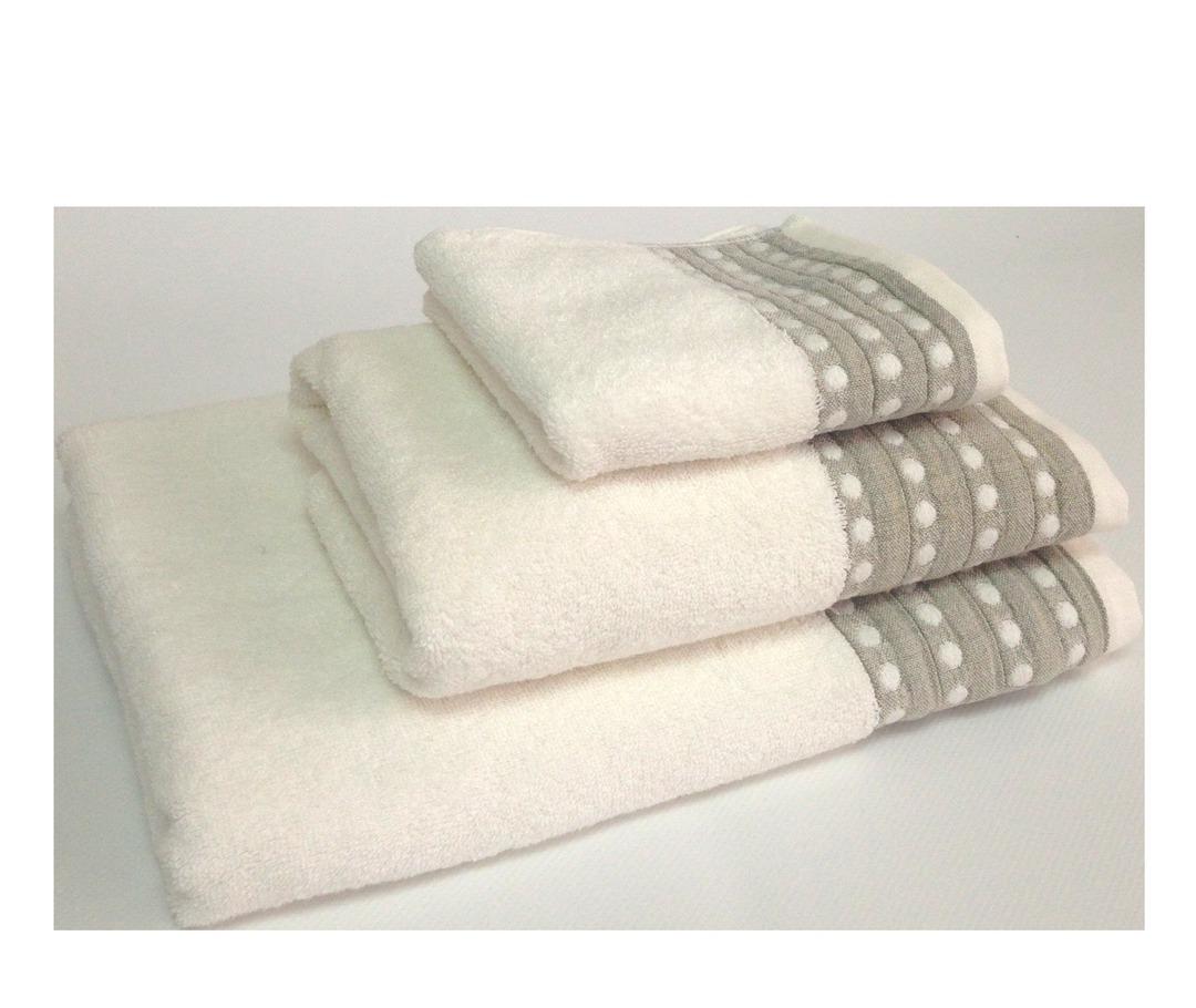 Importico - Devilla - Spot Ivory Towels image 0