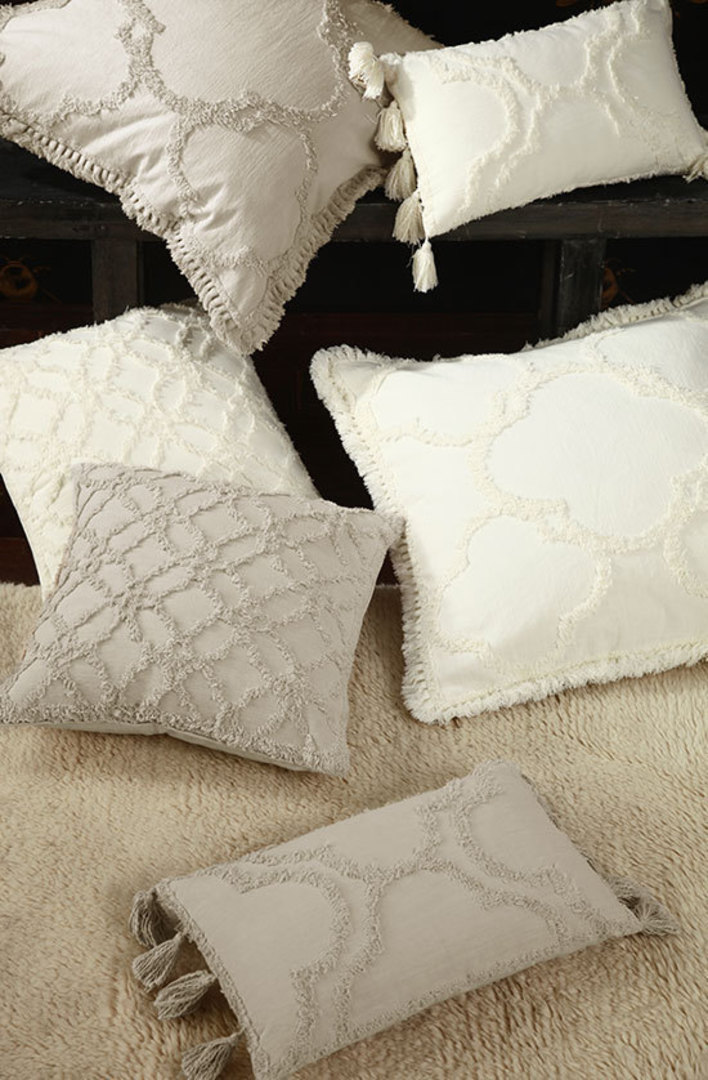 MM Linen - Clover Ivory Cushions image 0