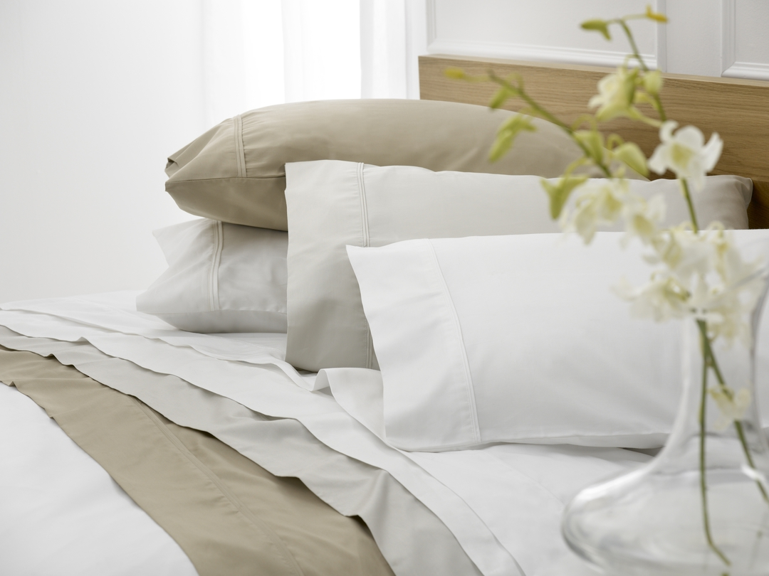 Baksana - Luxury 1000 Thread Count Sateen Sheets / Pillowcases image 1