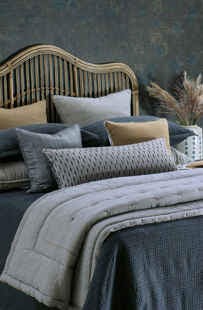 Bianca Lorenne - Mizumi  Bedspread / Pillowcase / Eurocase - Midnight image 1