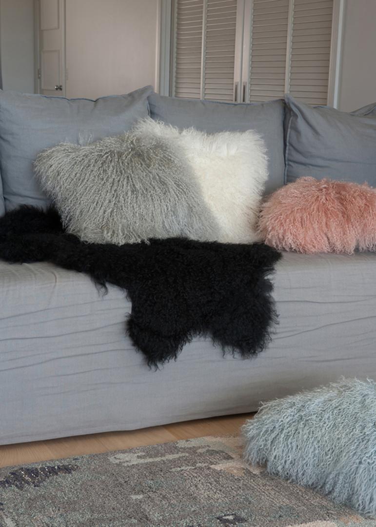 Furtex - Meru Tibetan Lamb Fur Cushion - Blush Pink image 1