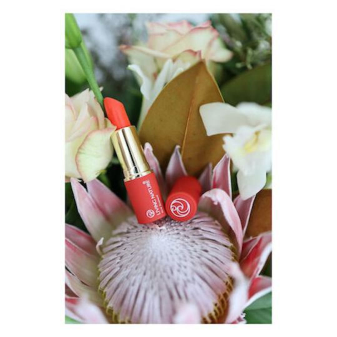 Living Nature Lipstick - Electric Coral image 1