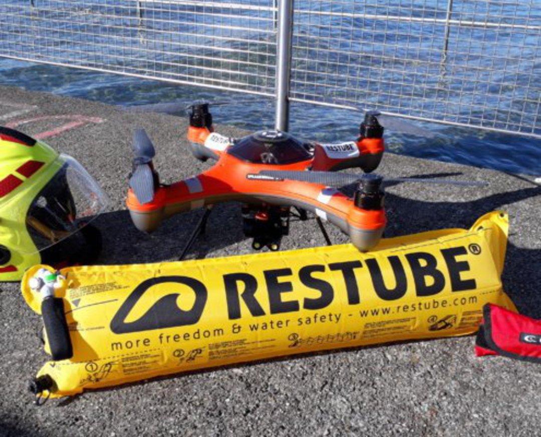 Restube Automatic inflatable buoy image 1