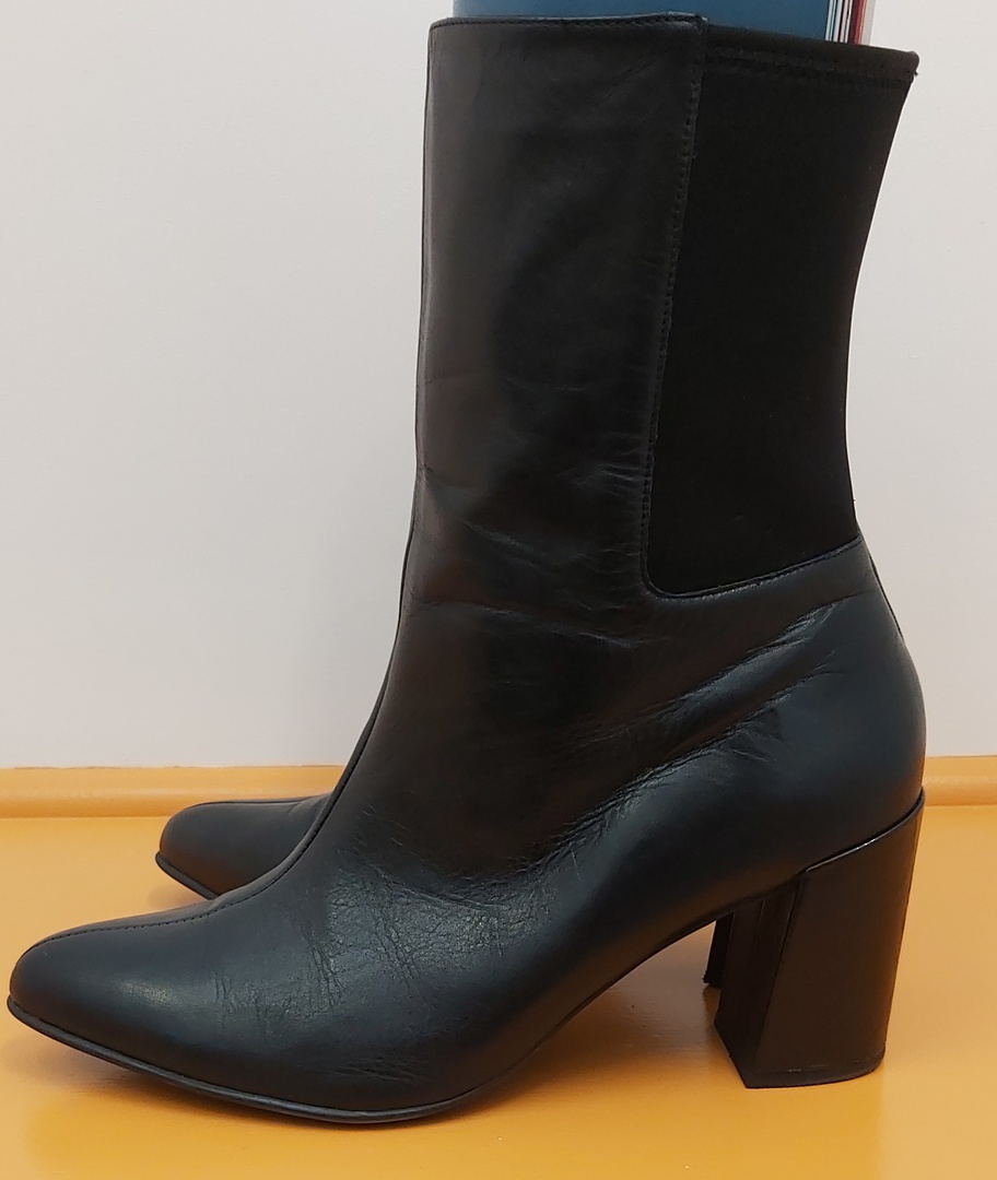 Ziera Leather Boots image 2