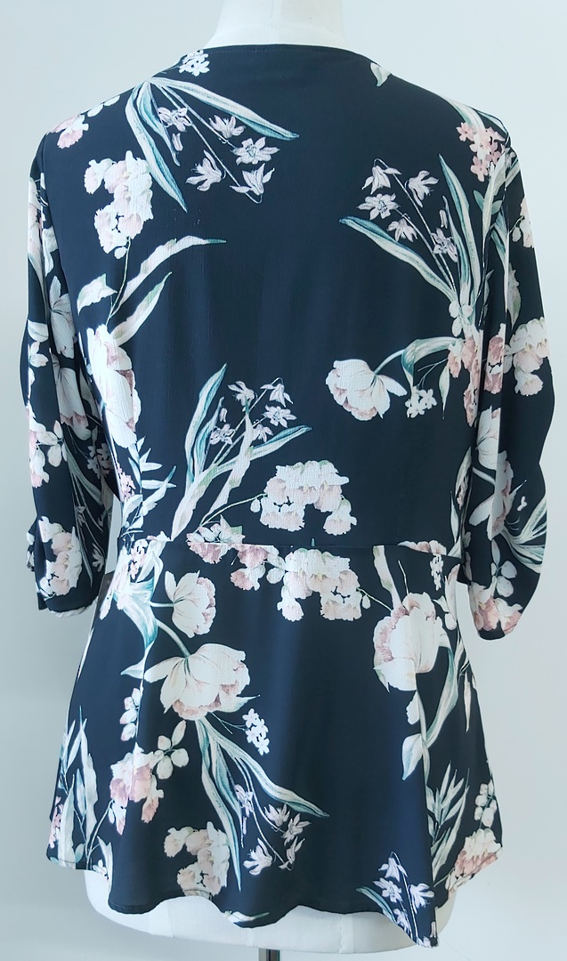 City Chic Flower Print Crossover Top image 1