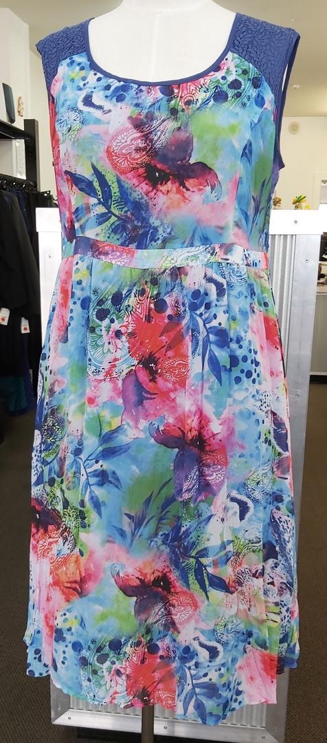 Mesmorise Floral Sleeveless Dress image 0