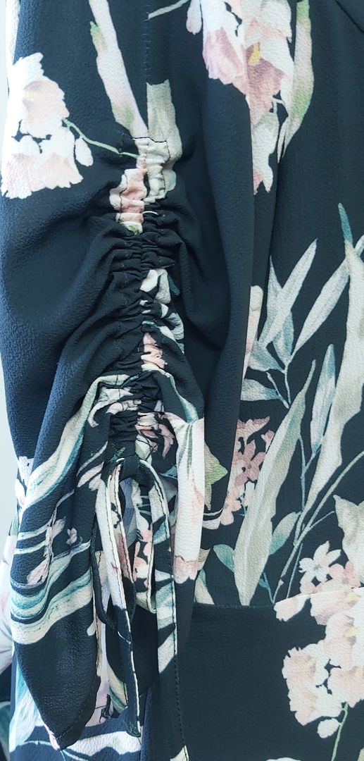 City Chic Flower Print Crossover Top image 2