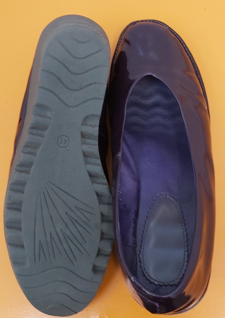 Fly Patent Round Toe Shoes image 3