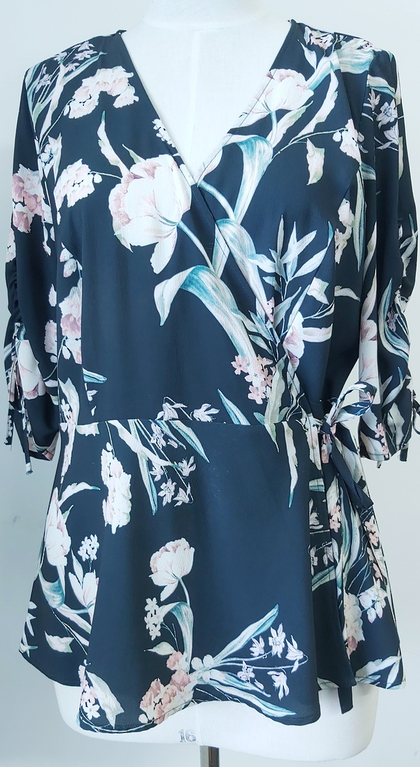 City Chic Flower Print Crossover Top image 0