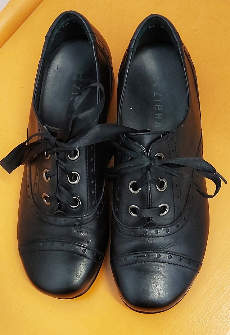 Ziera Lace Up Brogue Shoes image 0