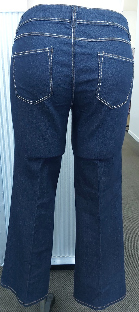 Dorothy Perkins Boot Leg Jeans image 2