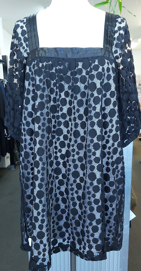 Spot Lace Lined Top image 0