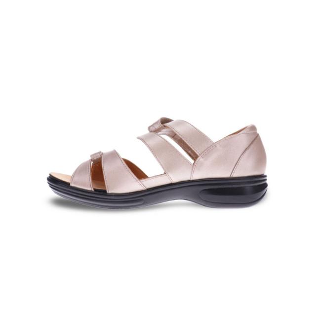 Revere Women's Geneva Closed Heel Sandal Standard (B) Width image 2
