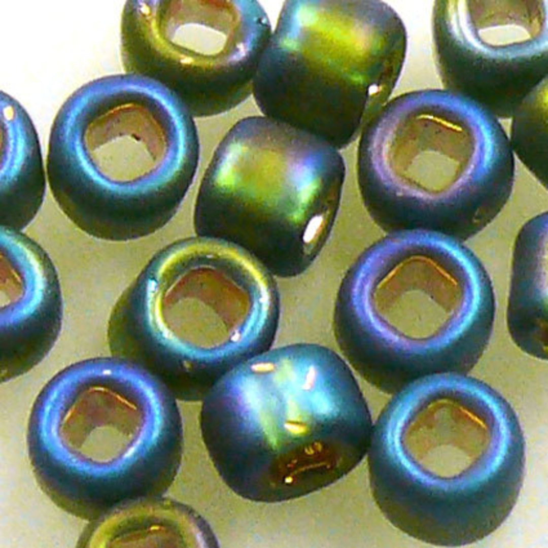 Matsuno size 6 round: F650 - Frosted Green Shimmer, silver lined image 1
