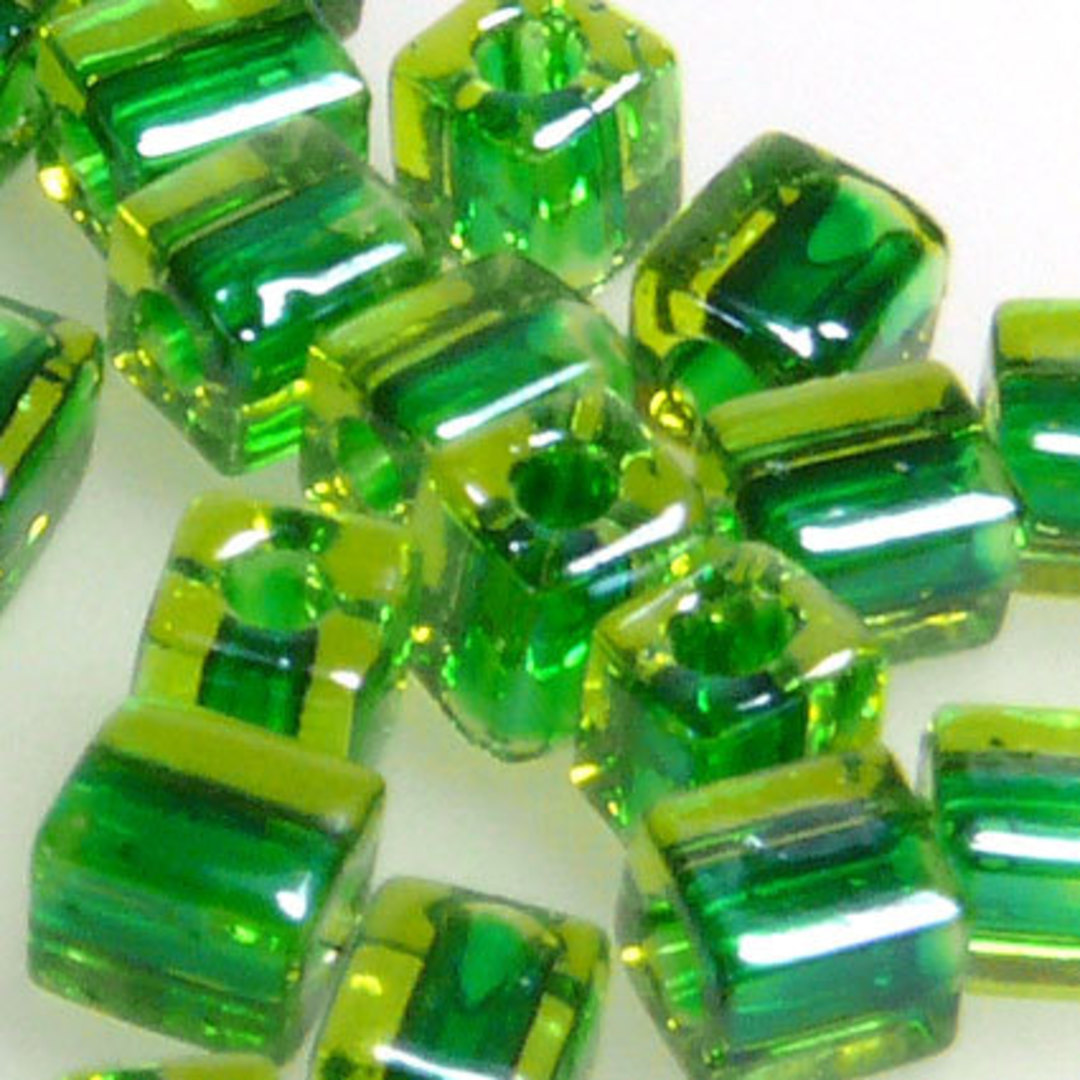 4mm Miyuki Square: 2636 - Emerald/Lime, colour lined image 0