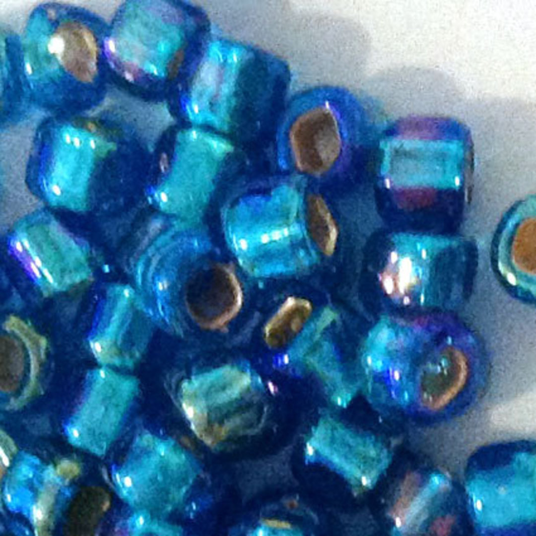 Matsuno size 8 round: 633 - Aqua Shimmer, silver lined image 1
