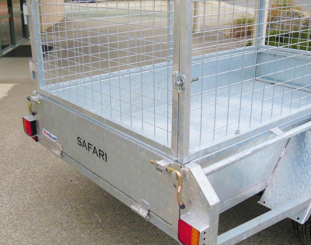 Safari 7x4 Single Axle Box Trailer Incl 600mm Cage image 2