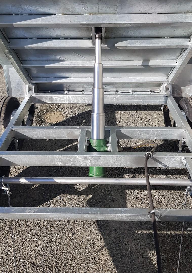 Safari Hydraulic Tipping 8x5 Tandem Axle Box Trailer Incl 900mm Cage image 4