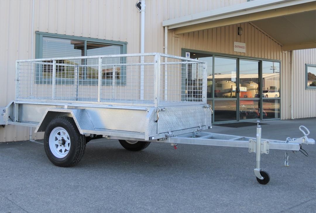 Safari 8x4 Single Axle Box Trailer Incl 600mm Cage image 0