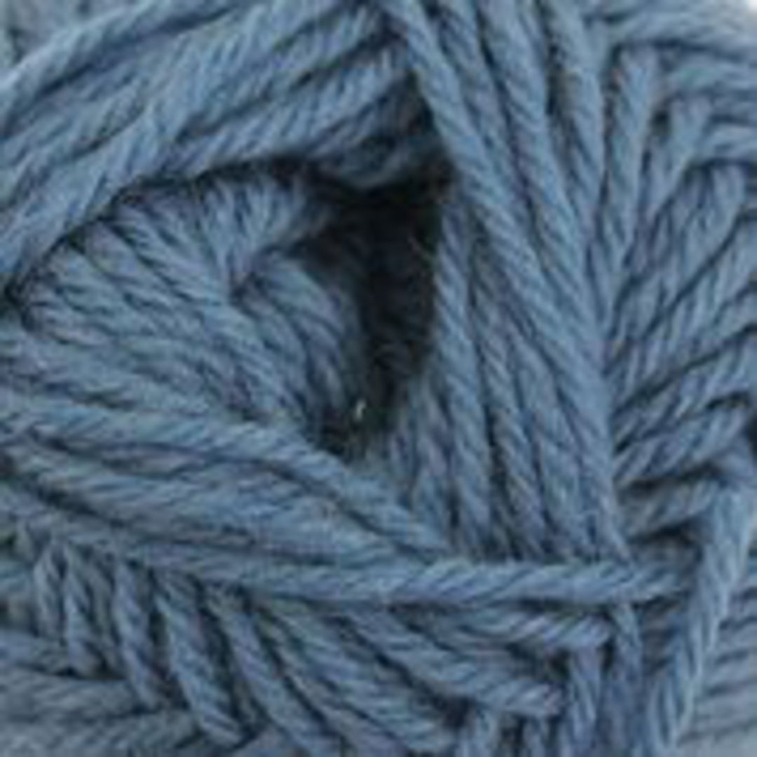 B/W Purely Wool Yarn image 1