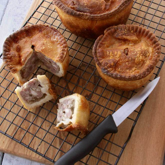 Traditional Pork Pies 2pc image 0