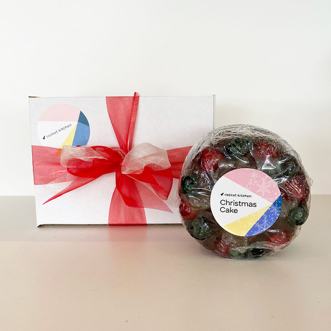 """4"""" Traditional Christmas Cake in a box image 0"""
