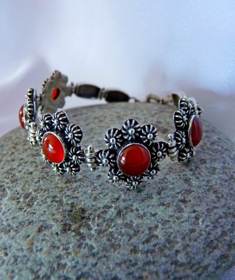 Sterling silver carnelian bracelet - price reduced image 3