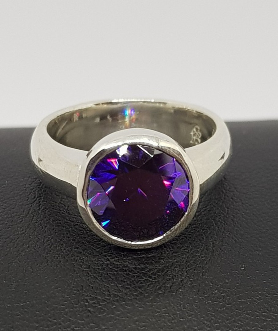 Sterling silver ring with sparkling synthetic amethyst image 0