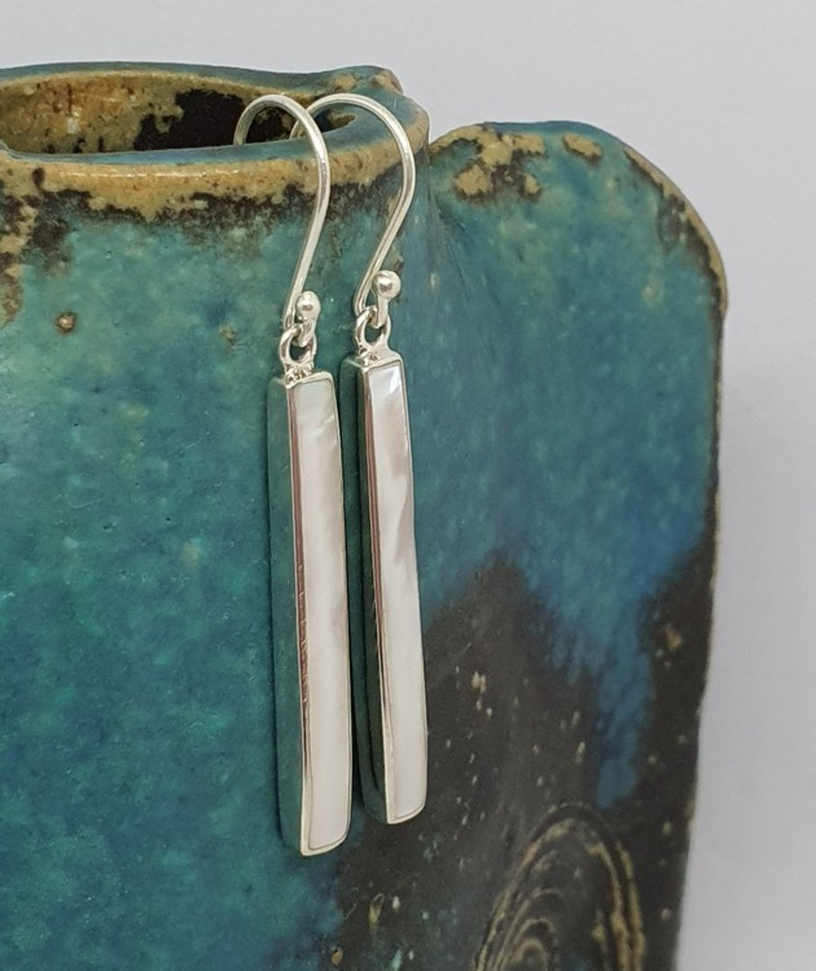 Elegant long mother of pearl earrings image 1