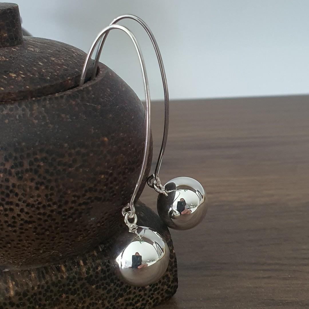 Extra long threaded silver sphere earrings - best seller! image 0