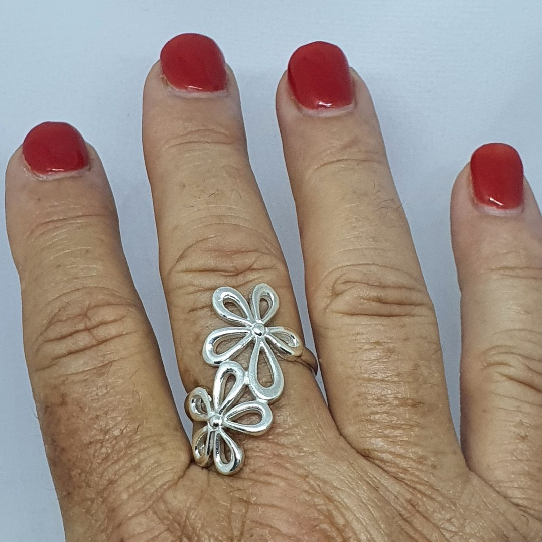 Sterling silver daisy flower ring image 4