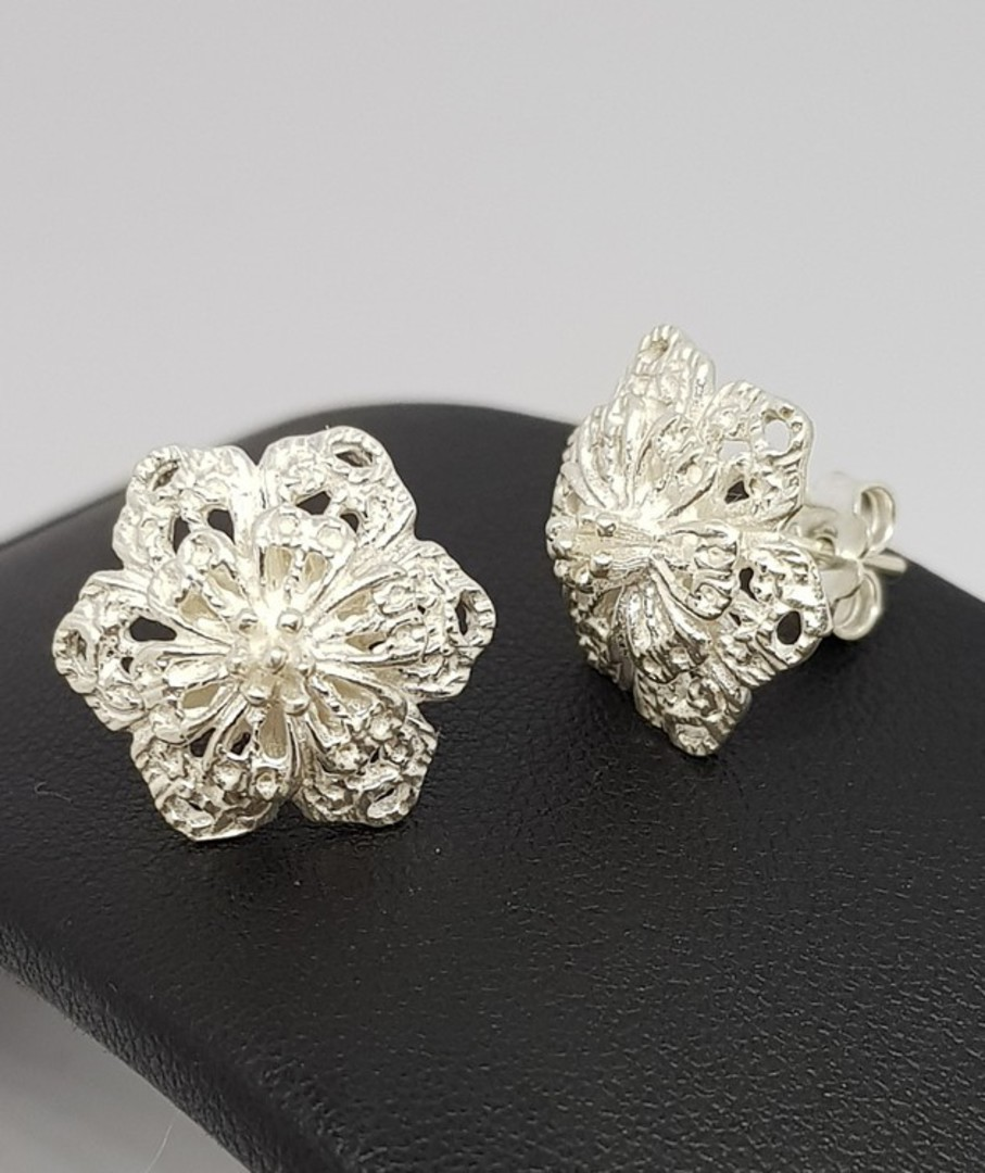 Silver flower stud earrings - now on sale image 1