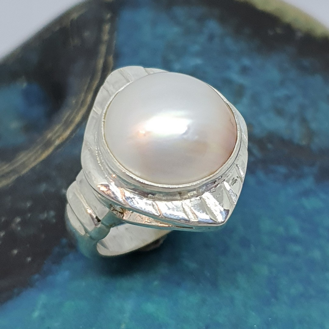 Sterling silver chunky pearl dress ring image 4