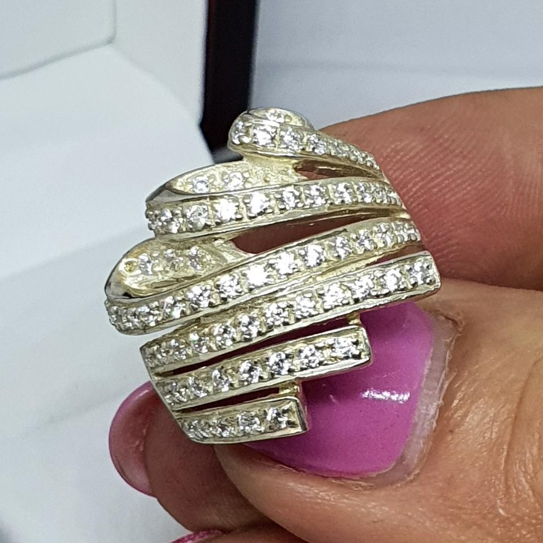 Glittering cubic zirconia dress ring image 3