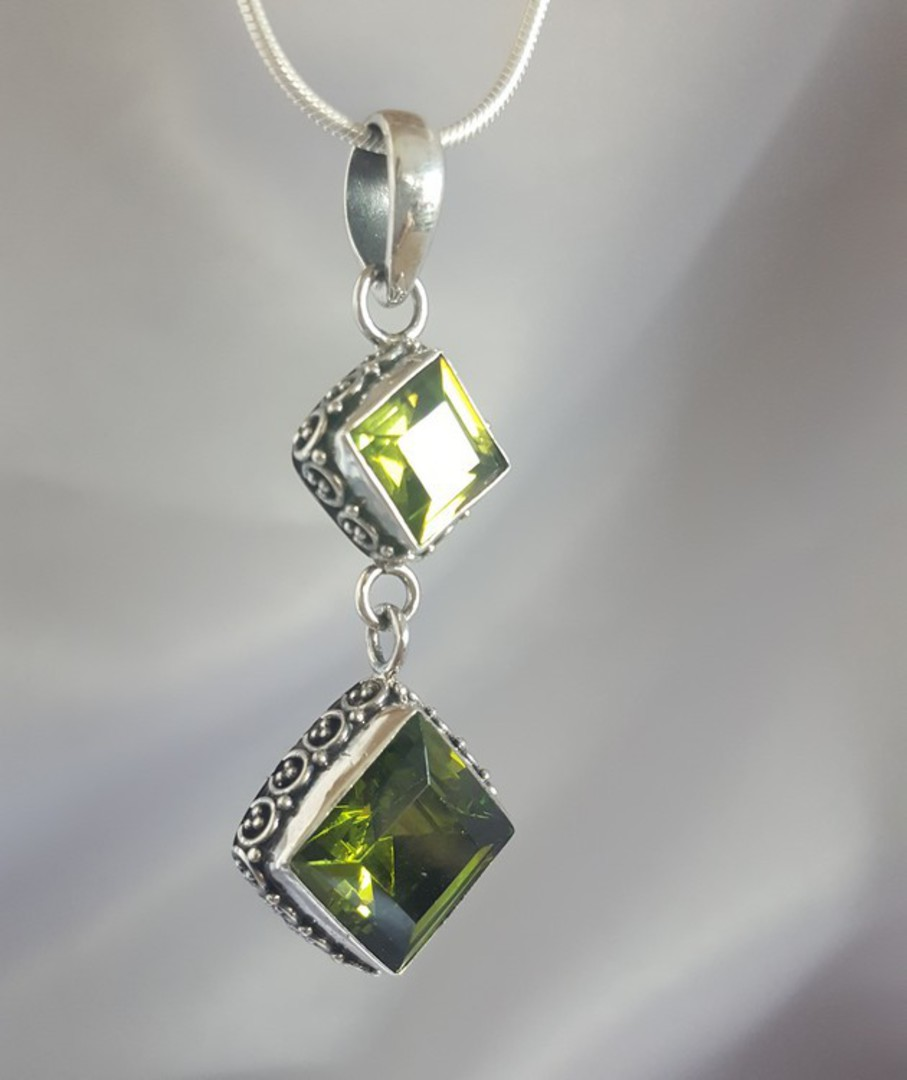 Double hanging silver peridot pendant with filigree frame image 2