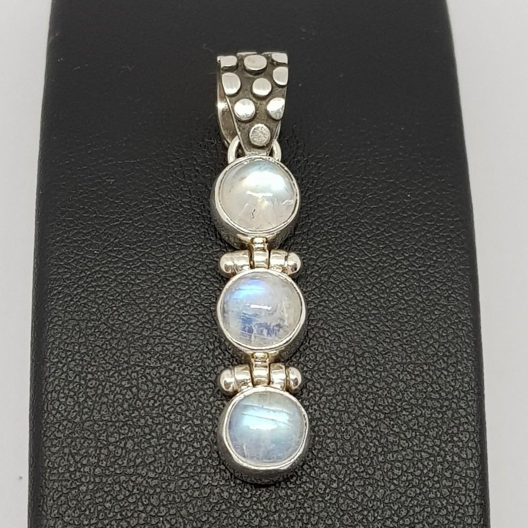 Sterling silver three stone moonstone pendant image 3