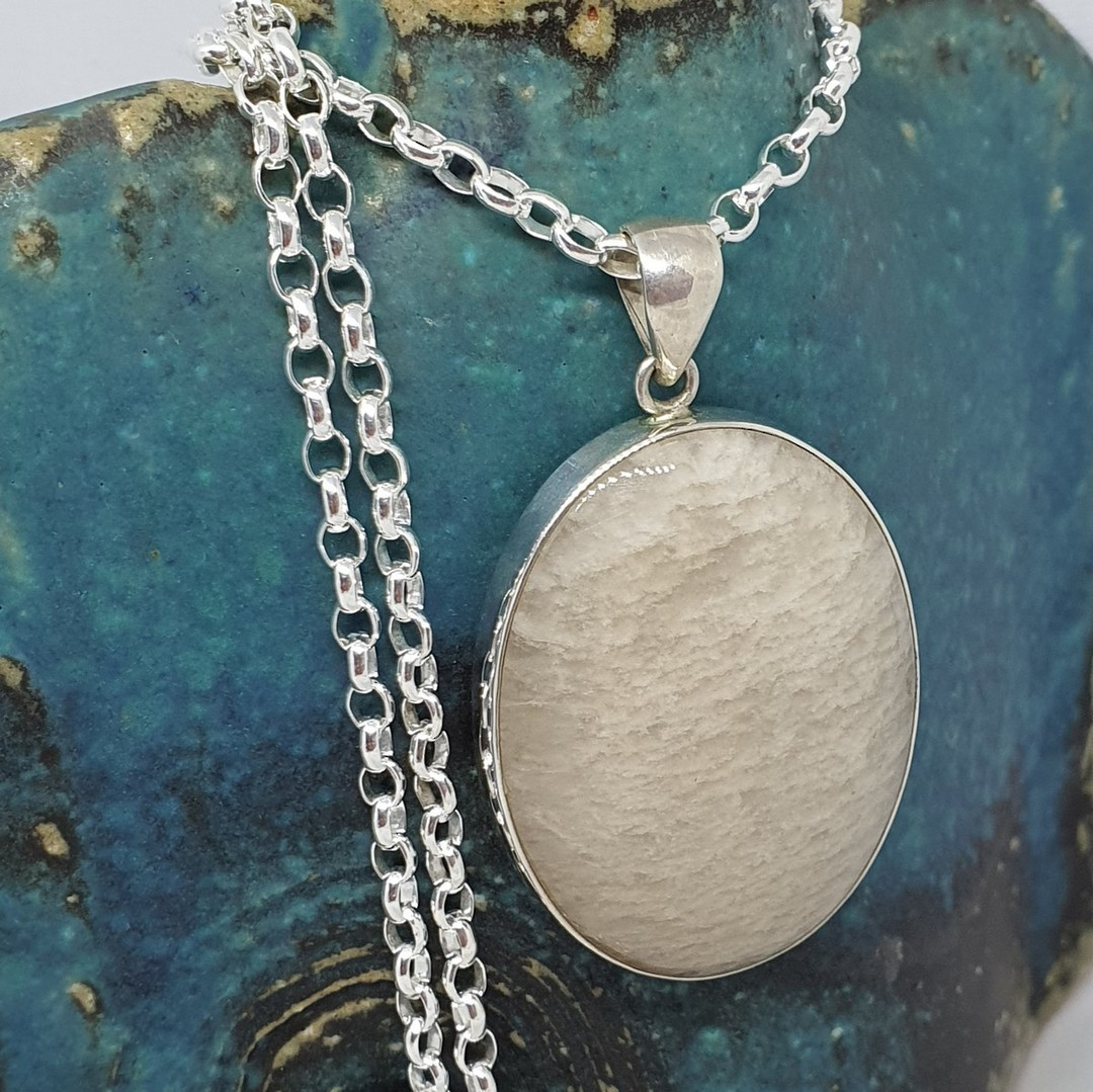 Sterling silver oval agate pendant image 2