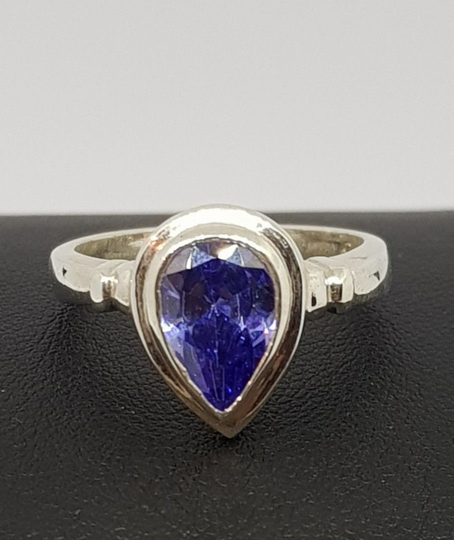 Sterling silver synthetic tanzanite ring image 0