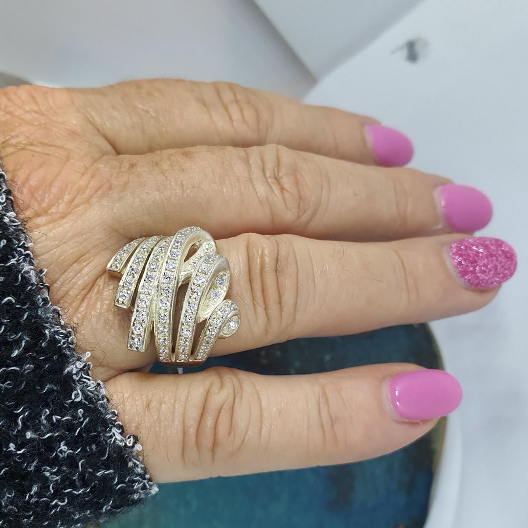 Glittering cubic zirconia dress ring image 2