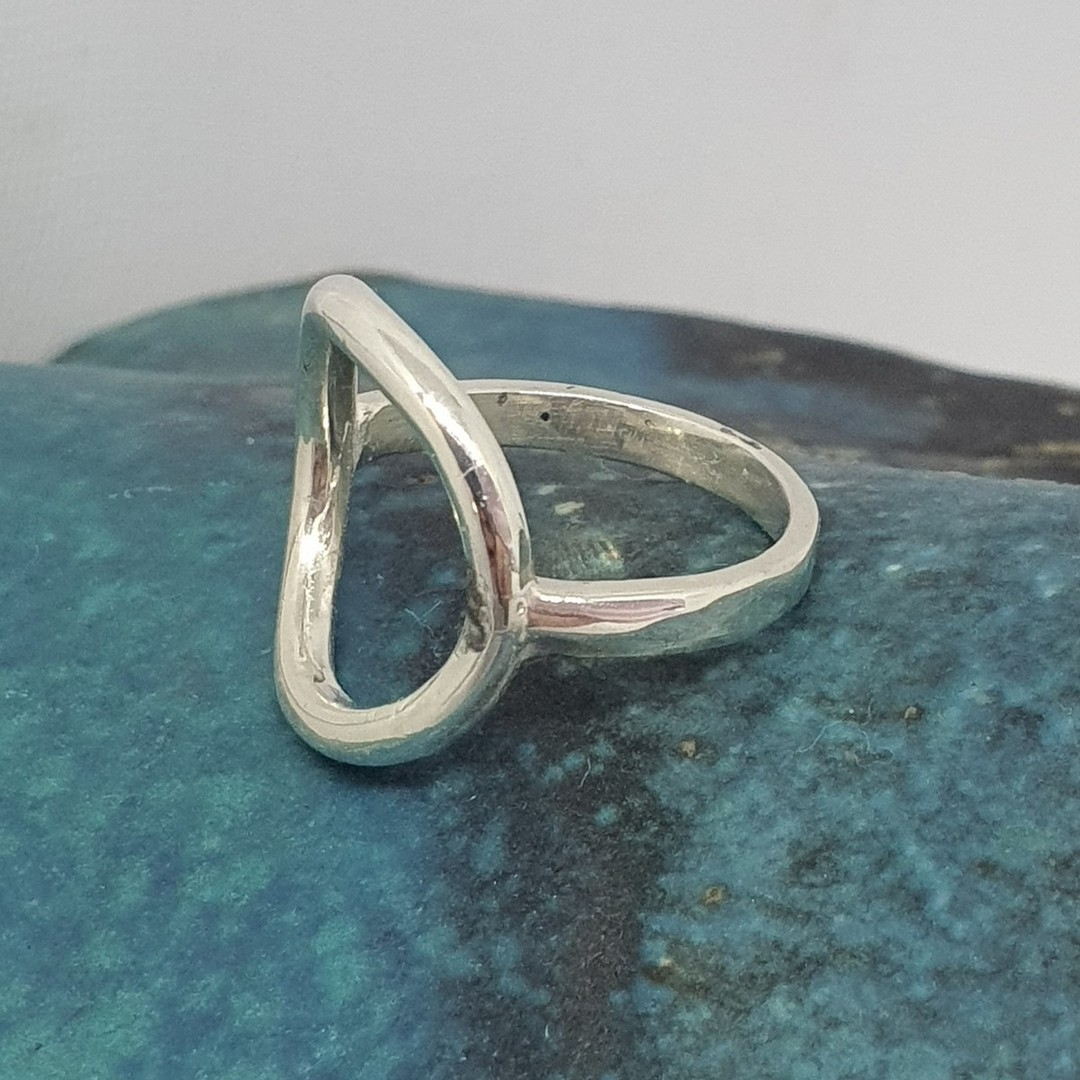 Sterling silver open circle ring - made in NZ image 2