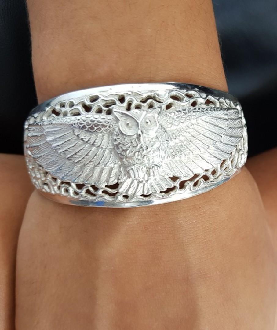 Silver filigree owl bangle image 2