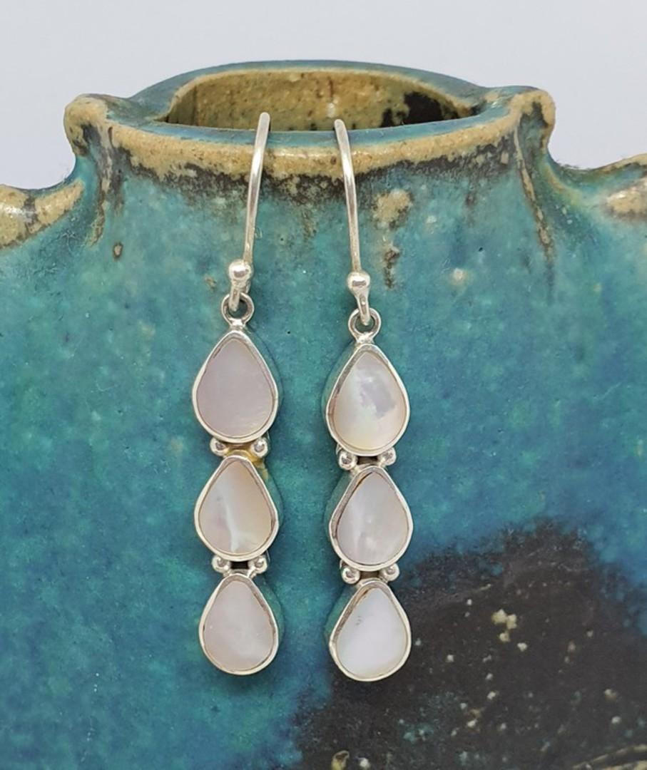 Sterling silver long elegant mother of pearl earrings image 3