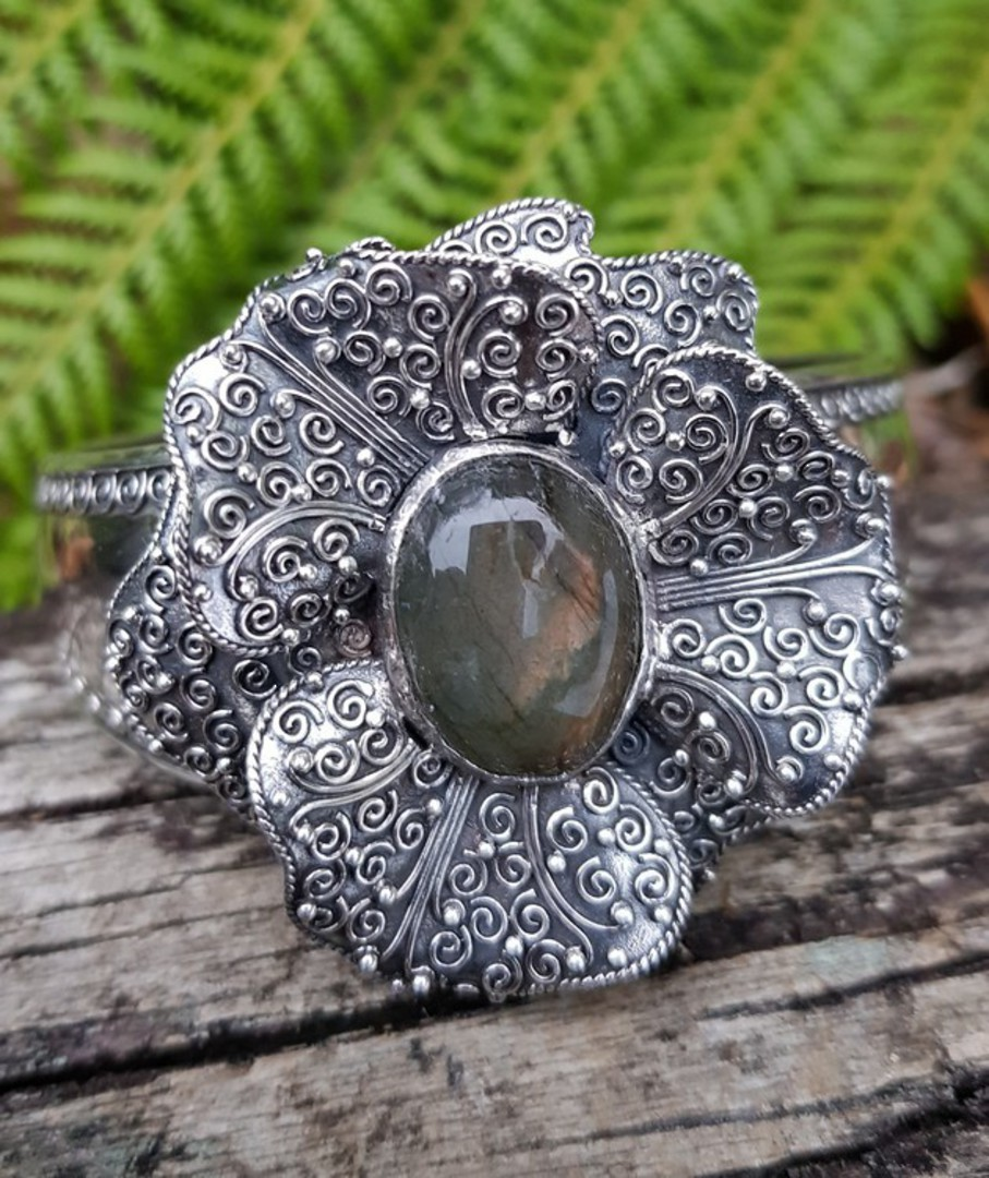 Silver cuff bangle, with large filigree flower and labradorite gemstone image 4