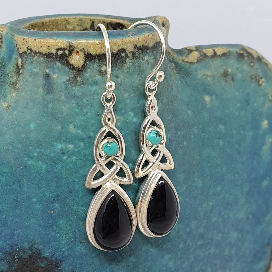 Silver onyx earrings with infinity knot and turquoise gemstone image 3