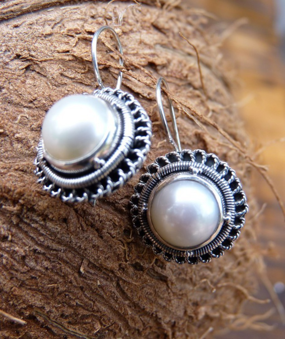 Sterling silver large fresh water pearl earrings image 2