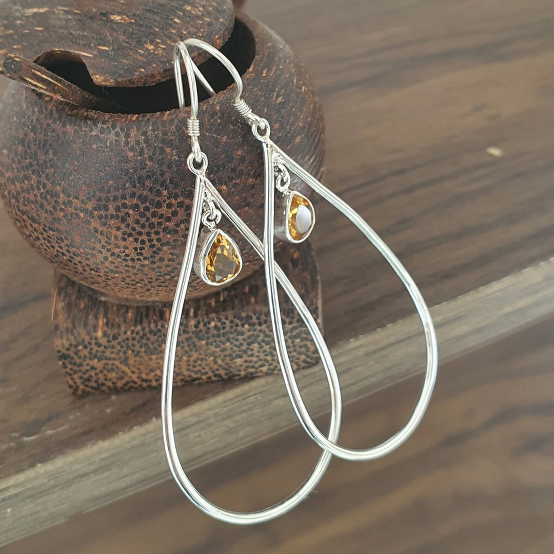 Oval silver hook earrings with citrine image 1