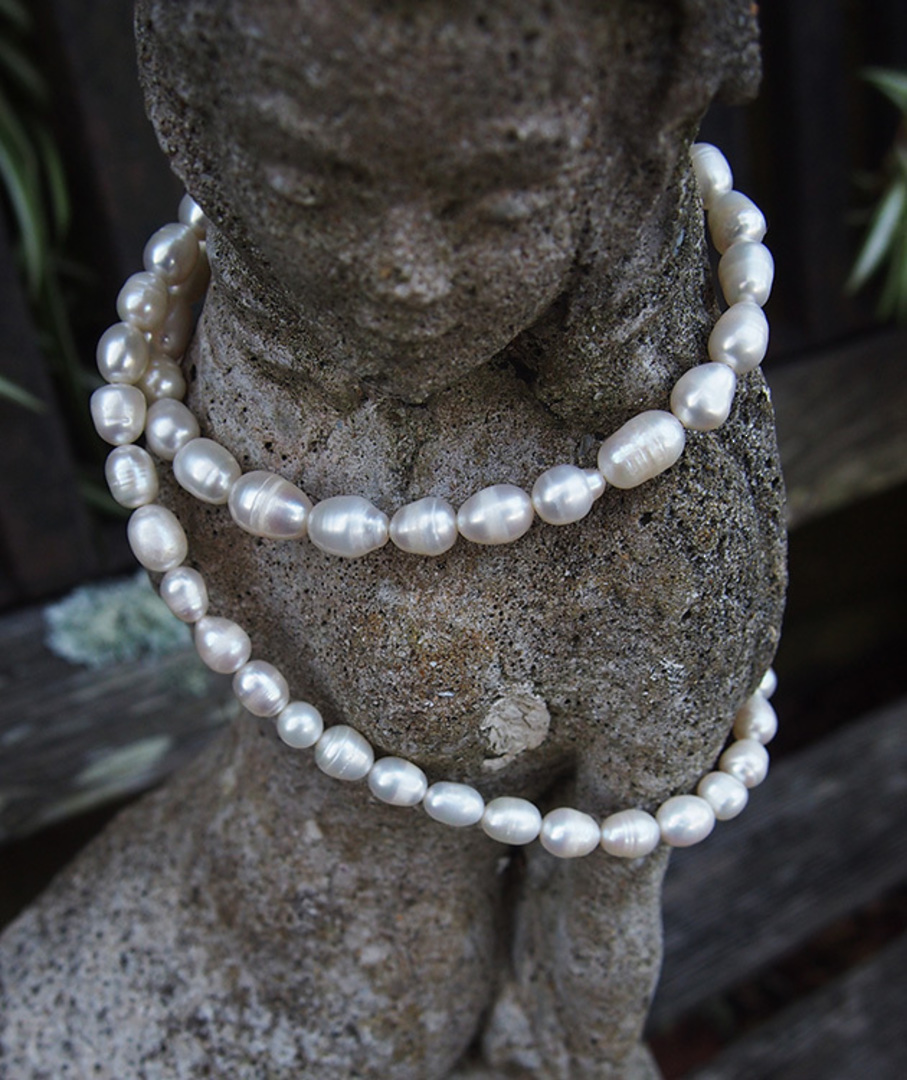 White fresh water pearl strand necklace image 1