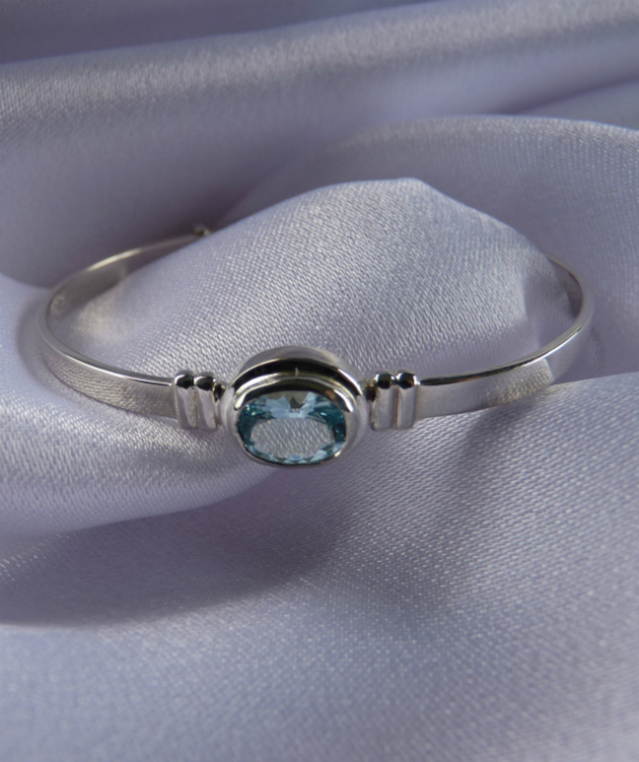 Aquamarine silver baby bangle | Birthstone for March image 0